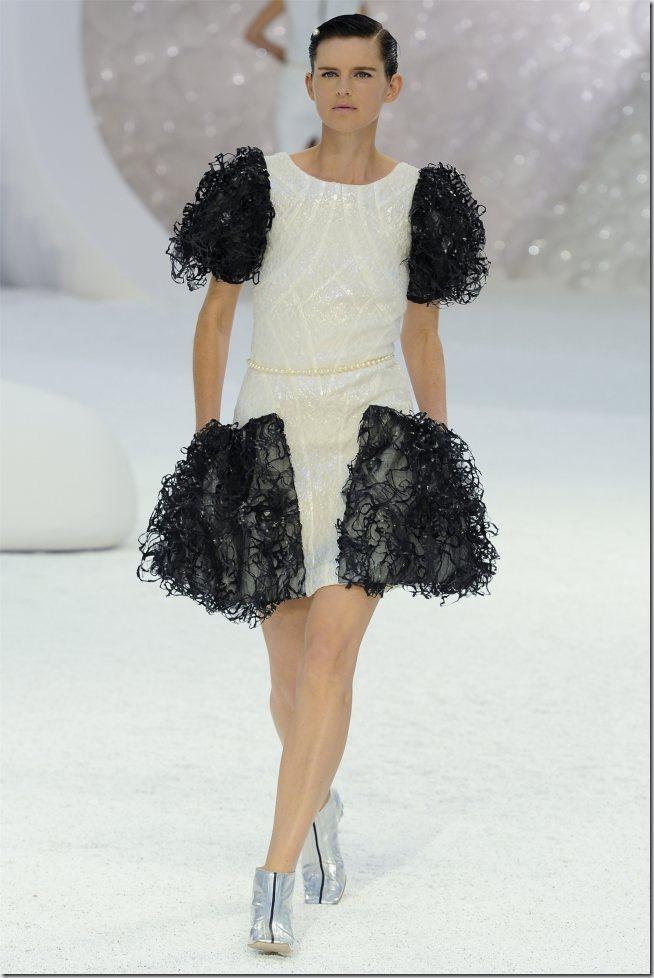 Saptamana modei la Paris: Chanel primavara 2012