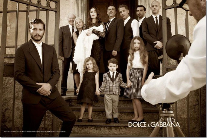 Monica Bellucci pentru Dolce & Gabbana