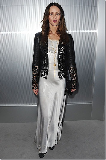 137680036HC001_CHANEL_FRONT