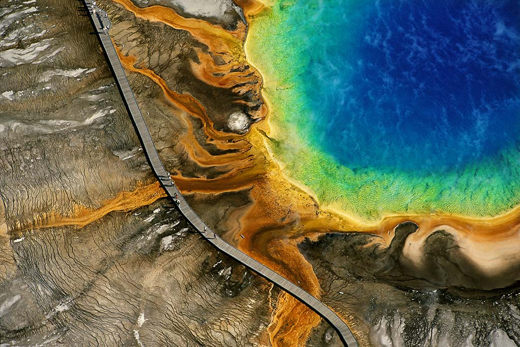 Grand Prismatic Spring, Yellowstone national park, United States.