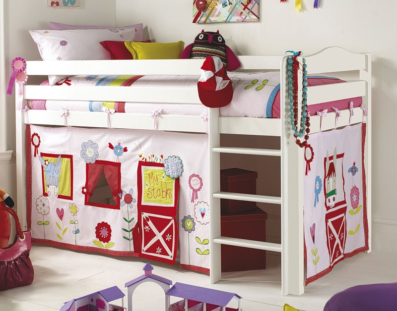 135 designuri perfecte pentru camera de copil