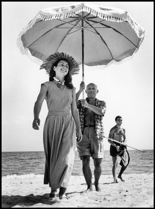 Pablo Picasso si Francoise Gilot. 1948
