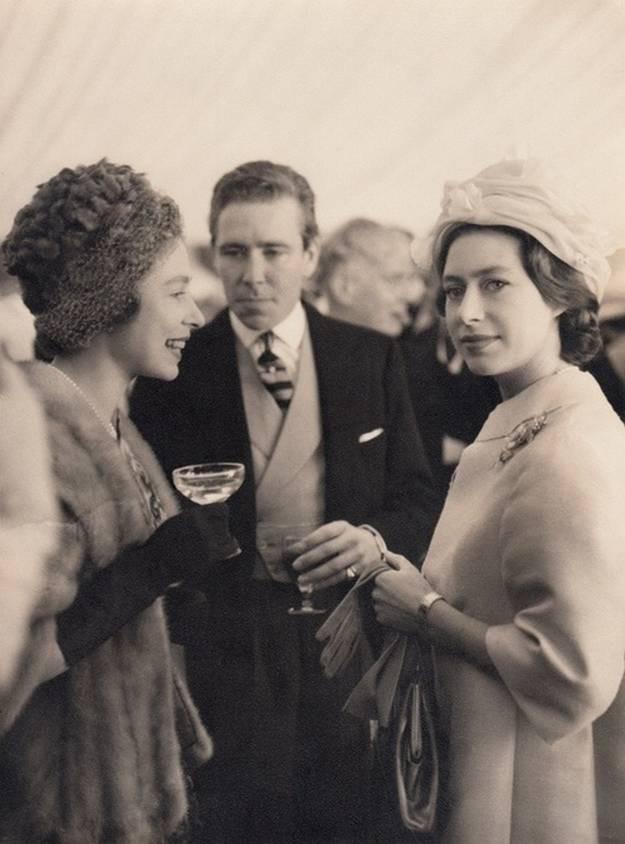 Principesa Margareta È™i Regina Elisabeta. Regatul Unit. 1950