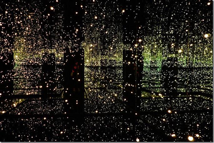 Camera infinitului Yayoi Kusama