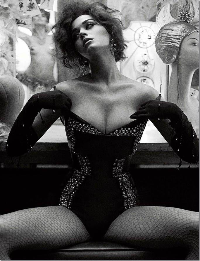 Katy Perry pentru Interview Magazine