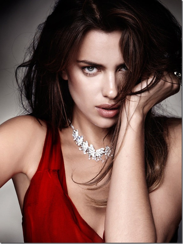 Irina Sheik pentru Elle Spania