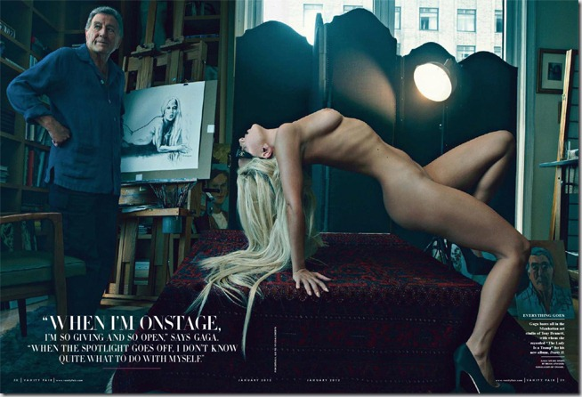 Lady Gaga s-a dezbracat pentru Vanity Fair