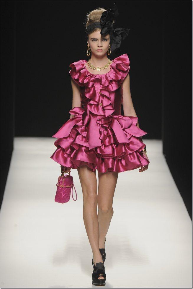 Saptamana modei la Milano: Moschino (toamna 2012)