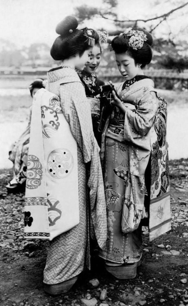 Gheise, Japonia, 1920